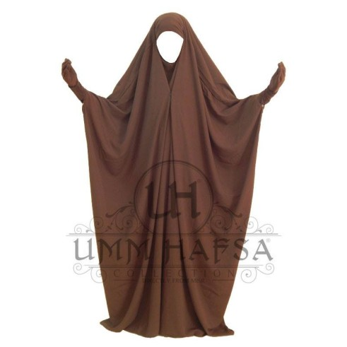Jilbab saoudien Umm Hafsa à clips MARRON